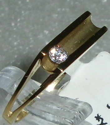 Ring Gr. 55 aus 375 Gold mit Zirkonia neuwertig aus Geschäftsauflösung