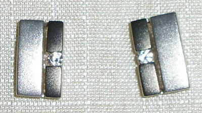 Ohrringe aus 925 Silber mit Zirkonia neuwertig aus Geschäftsauflösung