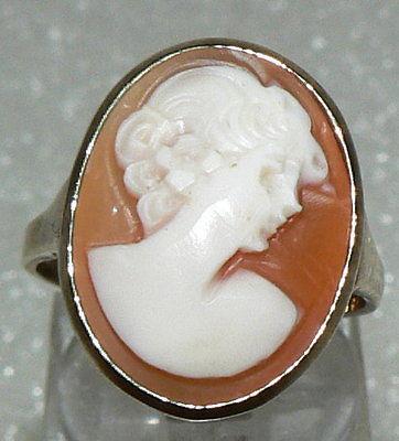 Ring aus 333er Gold mit Geme, 3,8 Gramm, neuwertig, Gr. 57 (da2680)
