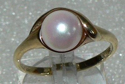 Ring aus 333er Gelbgold 3,3 Gramm, mit Perle, Gr. 58, neuwertig (da2770)