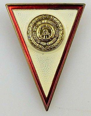 Original Absolventenabzeichen für Offiziere die ... von 1987 bis 1989 (KII-476a)