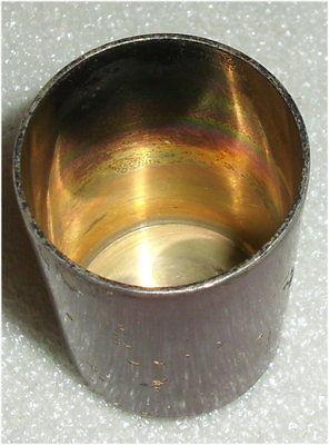 Russischer alter emaillierter Schnaps-Becher mit Krone aus 84er Silber (da3376) 3