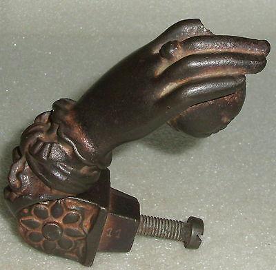 Sehr schöner original Biedermeier-Türklopfer aus Eisen (da3995)