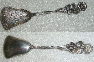 Sehr schöner Gründerzeit Zucker-Löffel Blumen aus 800er Silber  (da4073)
