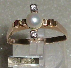 Toller Ring aus 585er Gold mit Perlen und Brillanten, Gr. 57, Ø 18,1 mm (da3067)