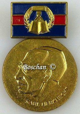 Karl Liebknecht Medaille für ausgezeichnete Leistungen ... 1978-1989 (AH229c)