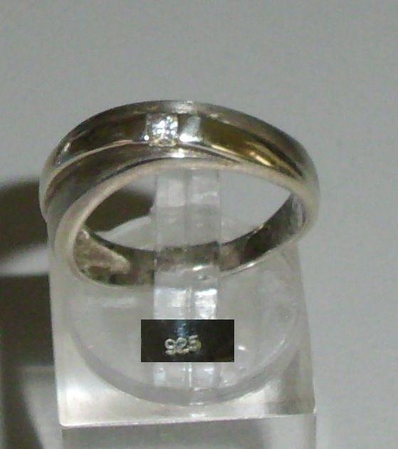 Ring aus 925er Sterling Silber mit Zirkonia    (da4201)