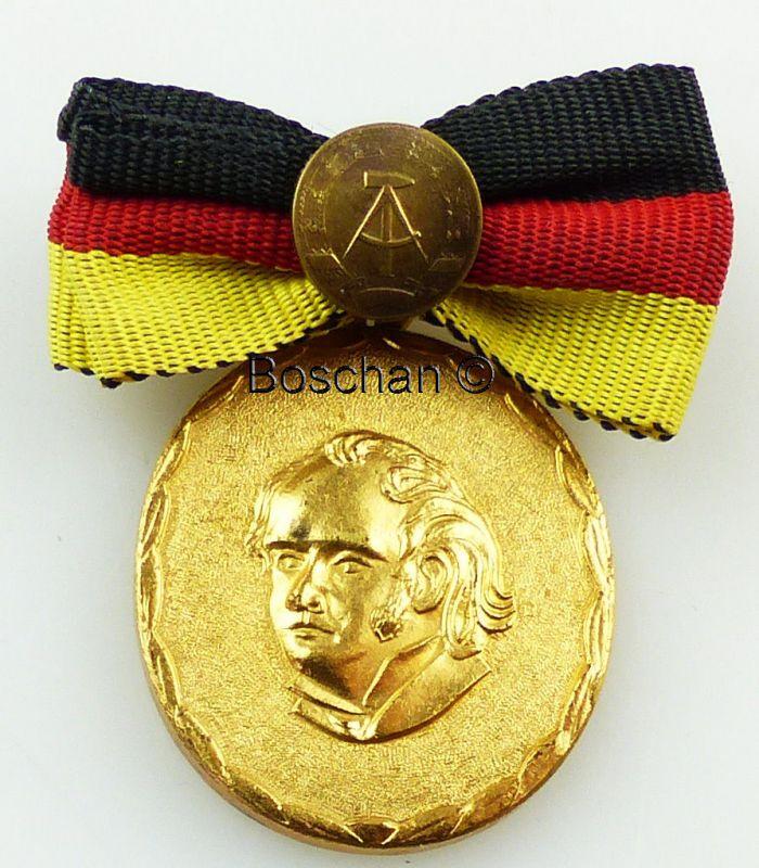 Verdienter Lehrer des Volkes der DDR 4. Variante 1973- 1978 (AH51d)