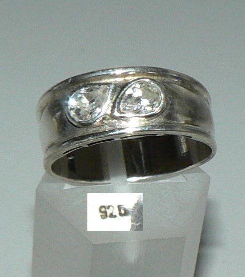 Ring aus 925er Silber mit weißen Steinen, Gr. 60/Ø 19,1 mm  (da4282)