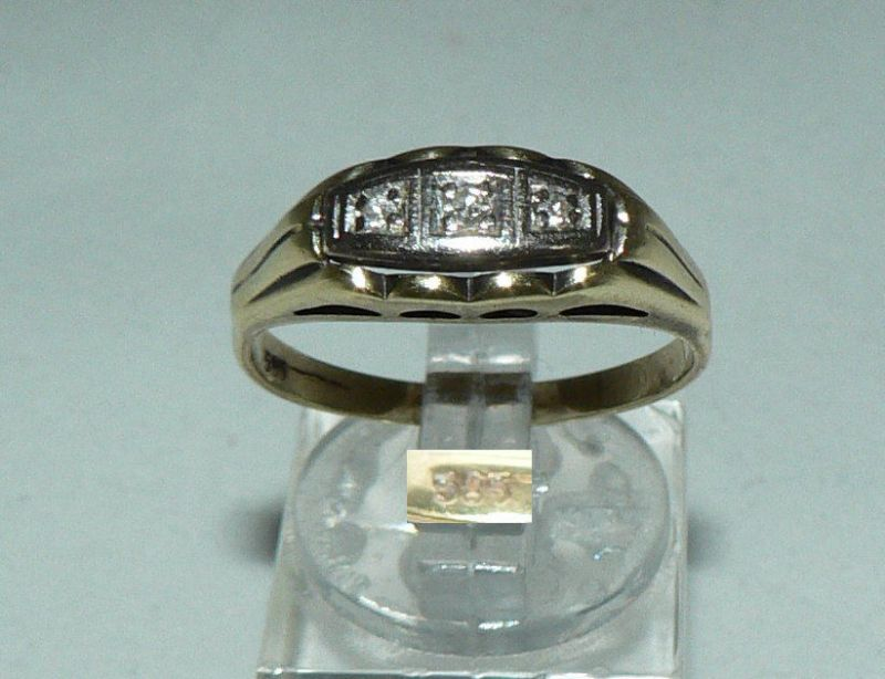 Ring aus 585er Gold mit 3 Diamanten 0,15 ct., Gr. 62/Ø 19,7 mm  (da4432)