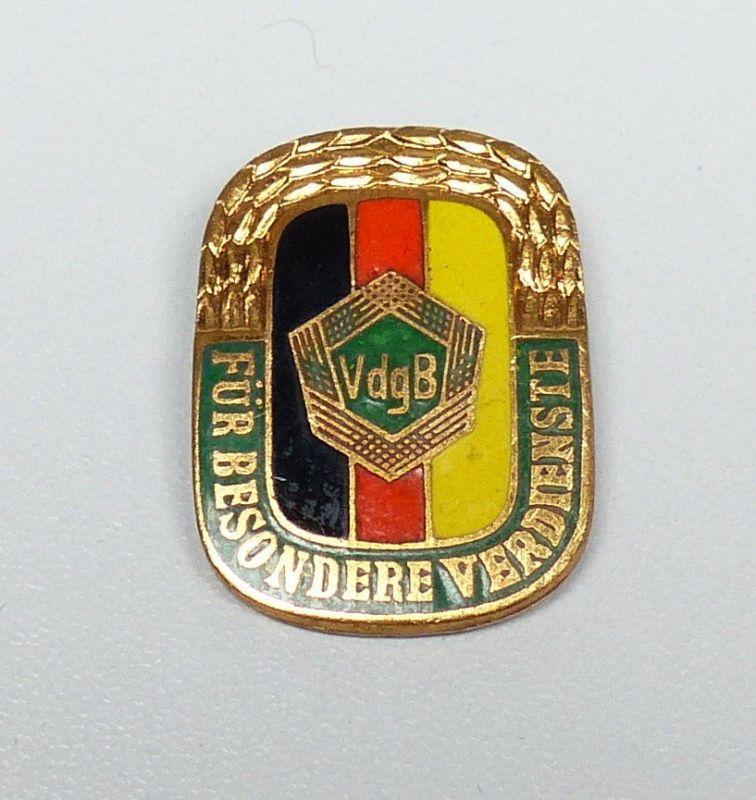 DDR VdgB Für besondere Verdienste 4667 A, emailliertes Abzeichen    (da4676)