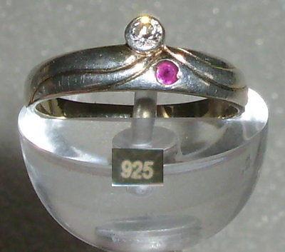 Ring aus 925er Silber mit Zirkonia und Rubin, Gr. 55 Ø 17,5 mm (da3925)