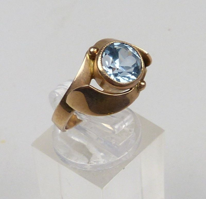 Ring aus 333er Gold mit Aquamarin, Gr. 56/Ø 17,8 mm  (da4746)