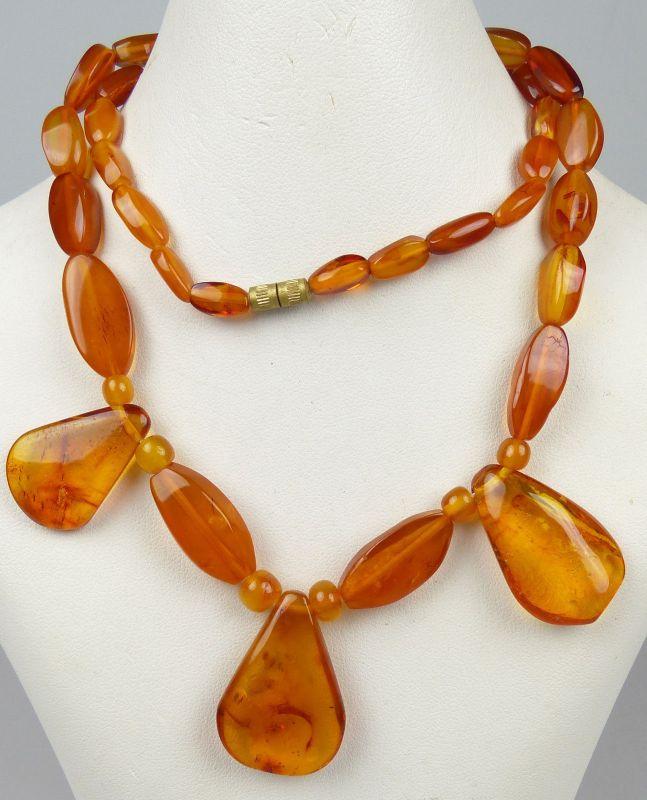 Kette aus Bernstein/Amber  Art Deco   (da4814)
