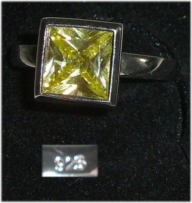Ring aus 925er Silber mit Citrin,  Gr. 53, Ø 16,9 mm  (da3702)