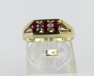 Ring aus 333er Gold mit Granate, Gr. 54/Ø 17,2 mm  (da4572)
