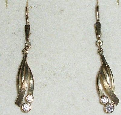 Ohrringe  aus 333er Gold mit weißen Steinen