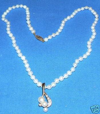 wunderschöne Perlen-Kette m. Anhänger 585 Gold