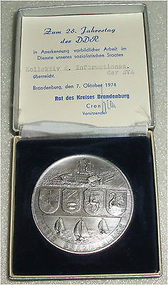 DDR Medaille zum 25. Jahrestag der DDR mit Urkunde  in OVP (da3309)