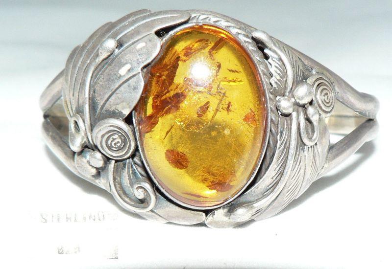 Antiker Armreif aus 925er Silber mit Bernstein/Amber (da4360)