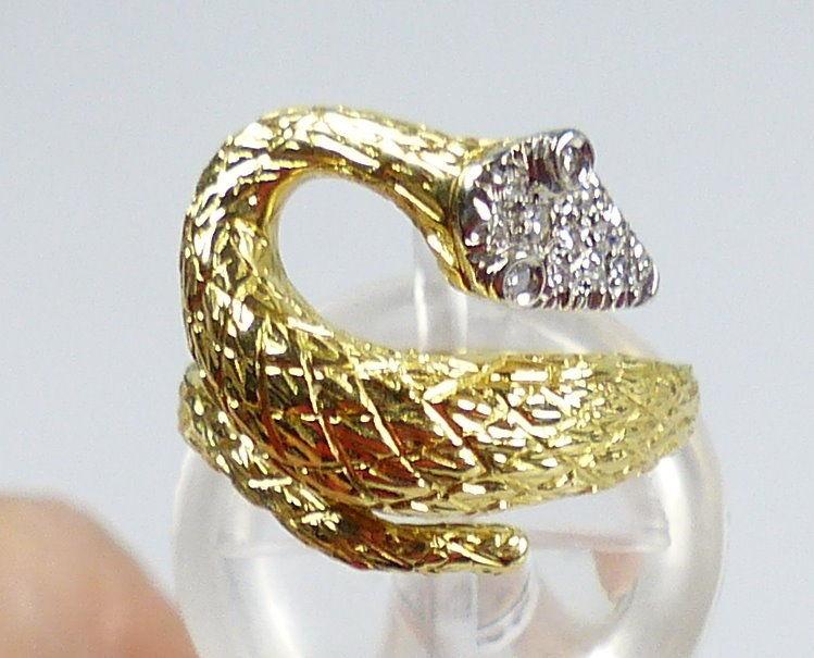Schlangen-Ring aus 750er Gold mit Diamanten, Gr. 53/Ø 16,8 mm  (da5192)
