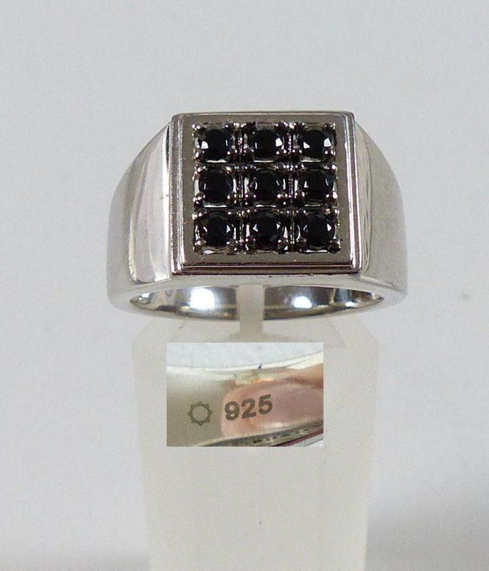 Ring aus 925er Silber mit schwarzen Granate, Gr. 67/Ø 21,3 mm  (da5203)