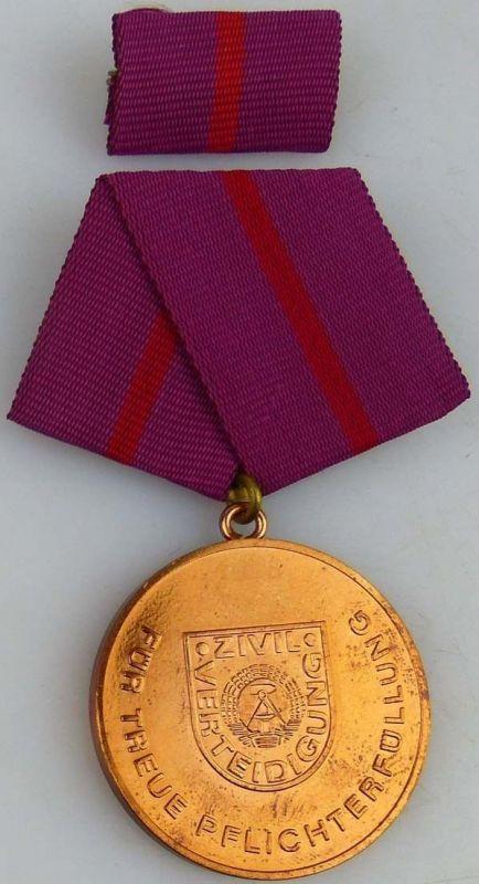 treue Pflichterfüllung in der Zivilverteidigung der DDR Bronze 1988-90 (AH279c)