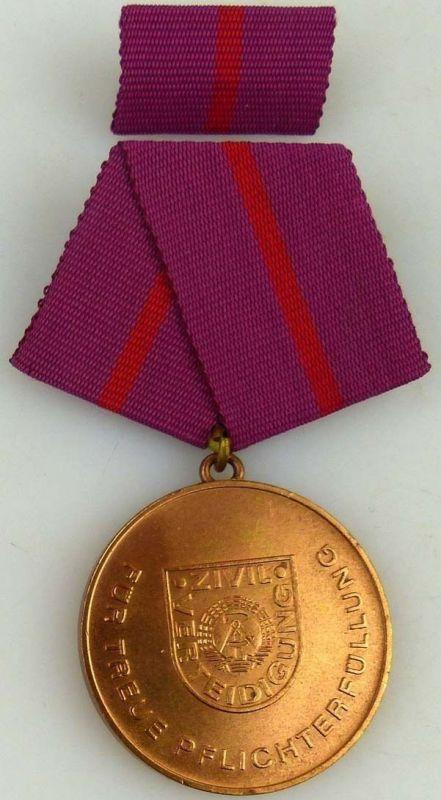 Treue Pflichterfüllung in der Zivilverteidigung der DDR Bronze 1987-88 (AH279b)