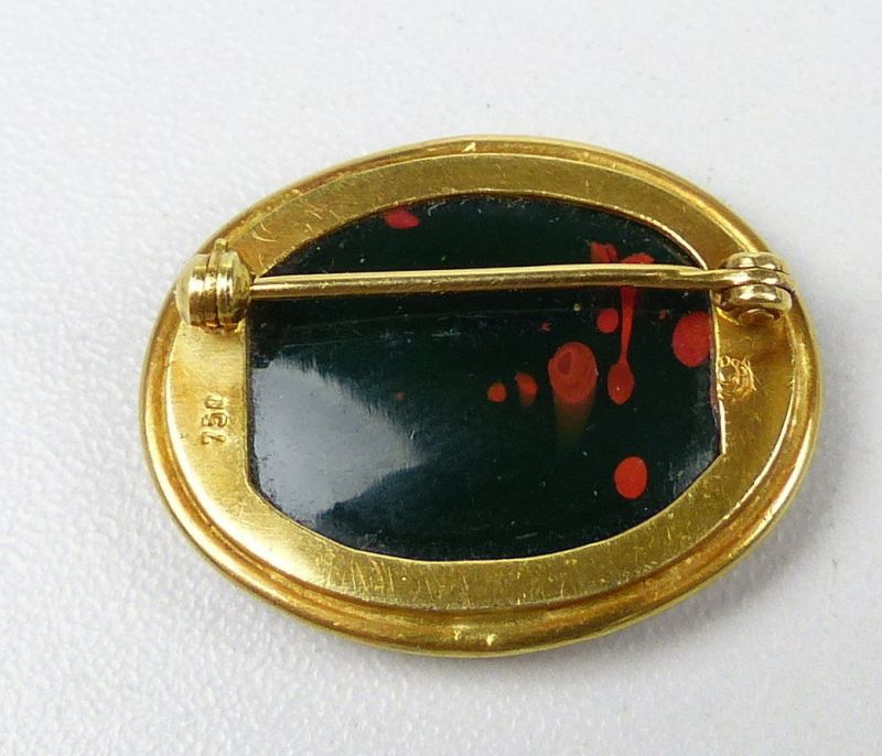 Brosche aus 750er Gold in Malachit geschliffenem Gesicht u. signiert (da5026) 1