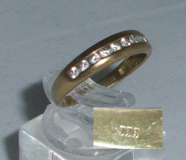 Ring aus 333er Gold mit weißen Steinen, Gr. 54/Ø 17,2 mm  (da4441)