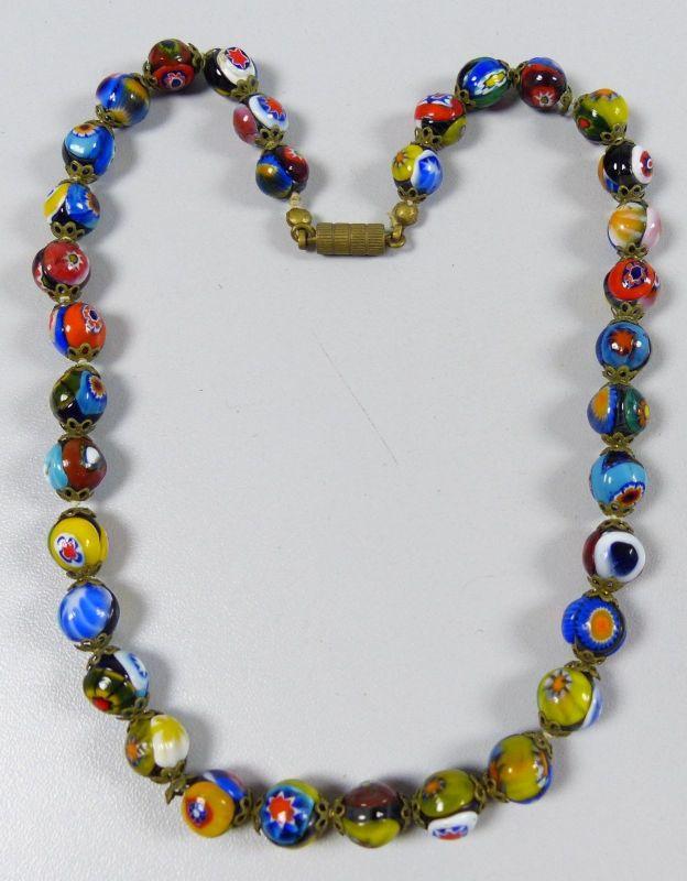 Kette aus sehr alten bunten Murano Glasperlen    (da5339)