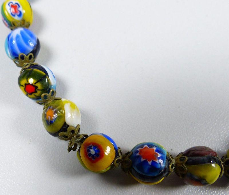 Kette aus sehr alten bunten Murano Glasperlen    (da5339) 2