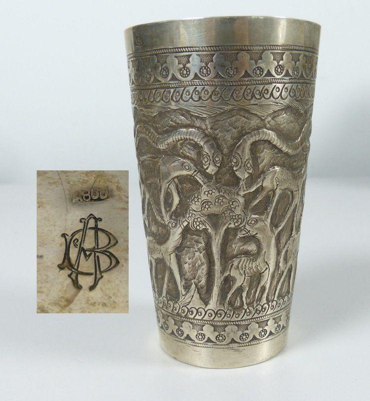 Becher aus 800 Silber mit Palmen und Tieren  (da5015)