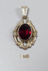Wunderschöner Anhänger aus 835 Silber mit rotem Stein  (da5398)