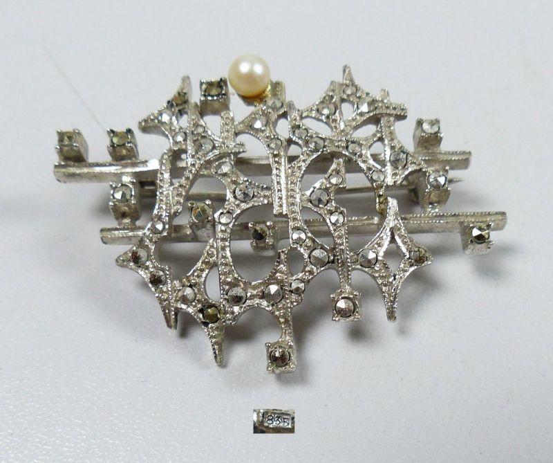 Brosche aus 835 Silber mit Perle und Markasiten    (da5285)