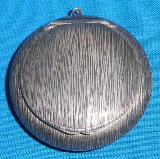 Alte Pillendose aus Silber