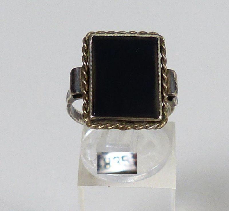 Ring aus 835 Silber mit Onyx, Gr. 60/Ø 19,1 mm    (da5432)