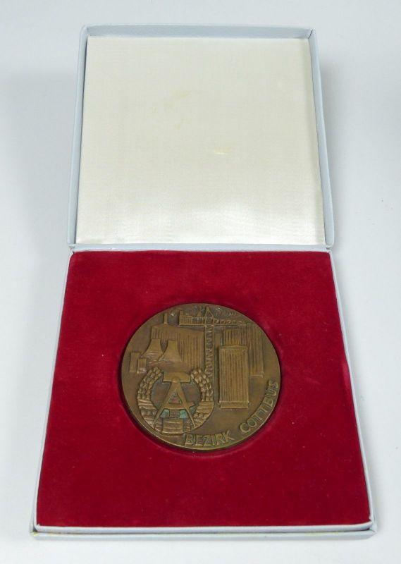 Bronze Medaille 20 Jahre DDR in OVP (da5456)