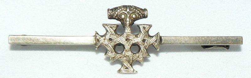 Hiddenseeschmuck orginal alte Brosche aus 800er Silber, Thorhammer (da4310)
