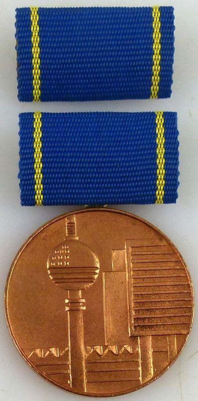 Medaille für hervorragende Leistungen im Bauwesen der DDR in Bronze (AH246a)