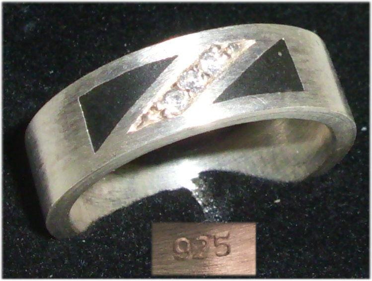 Ring aus 925er Silber mit weißen Steinen,  Gr. 55, Ø 17,5 mm  (da3682)