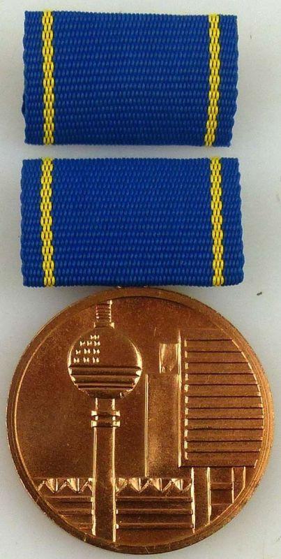 Medaille für hervorragende Leistungen im Bauwesen der DDR in Bronze (AH246b)