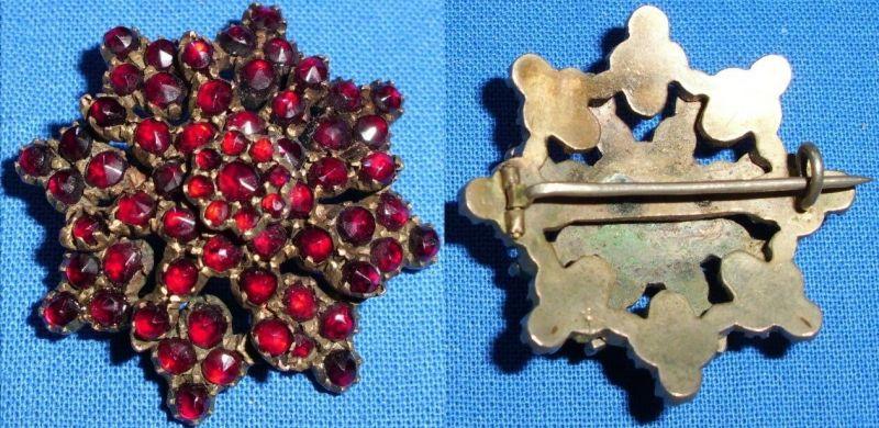 Sehr feine Brosche Gründerzeit Stern aus Granate       (c2420)