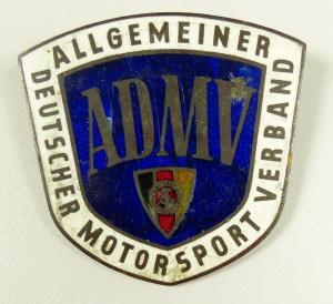 Plakette ADMV emailliert zum Anschrauben und DDR Emblem in Fahne (da5663)