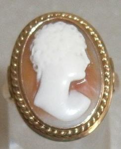 Toller alter Ring Gr. 59  aus 585 Gold mit Gemme