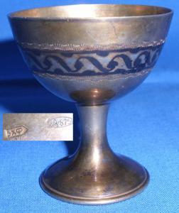 Sehr alter russischer Silber-Eierbecher, aus 875 Silber signiert (da2907)