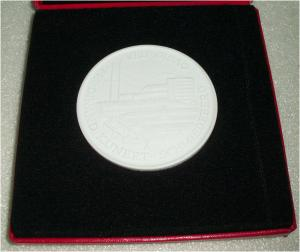 DDR Medaille VEB GISAG FREDINAND KUNERT SCHMIEDEBERG  in OVP (da3312)