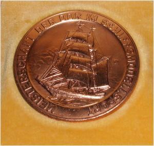 DDR Medaille II.Weltmeisterschaft im Schiffsmodellsport  in OVP (da3311)