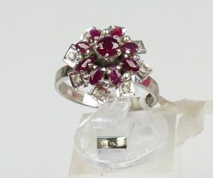 Ring aus 925er Silber mit Granate und Zirkonia, Gr. 52/Ø 16,6 mm  (da4539)