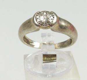 Ring aus 925 Silber mit winzigen Diamanten, Gr. 53/Ø 16,9 mm  (da4593)